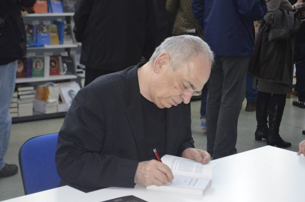 Gabriel-Liiceanu-autograf-2-Foto-Ligia-Hutu2.jpg
